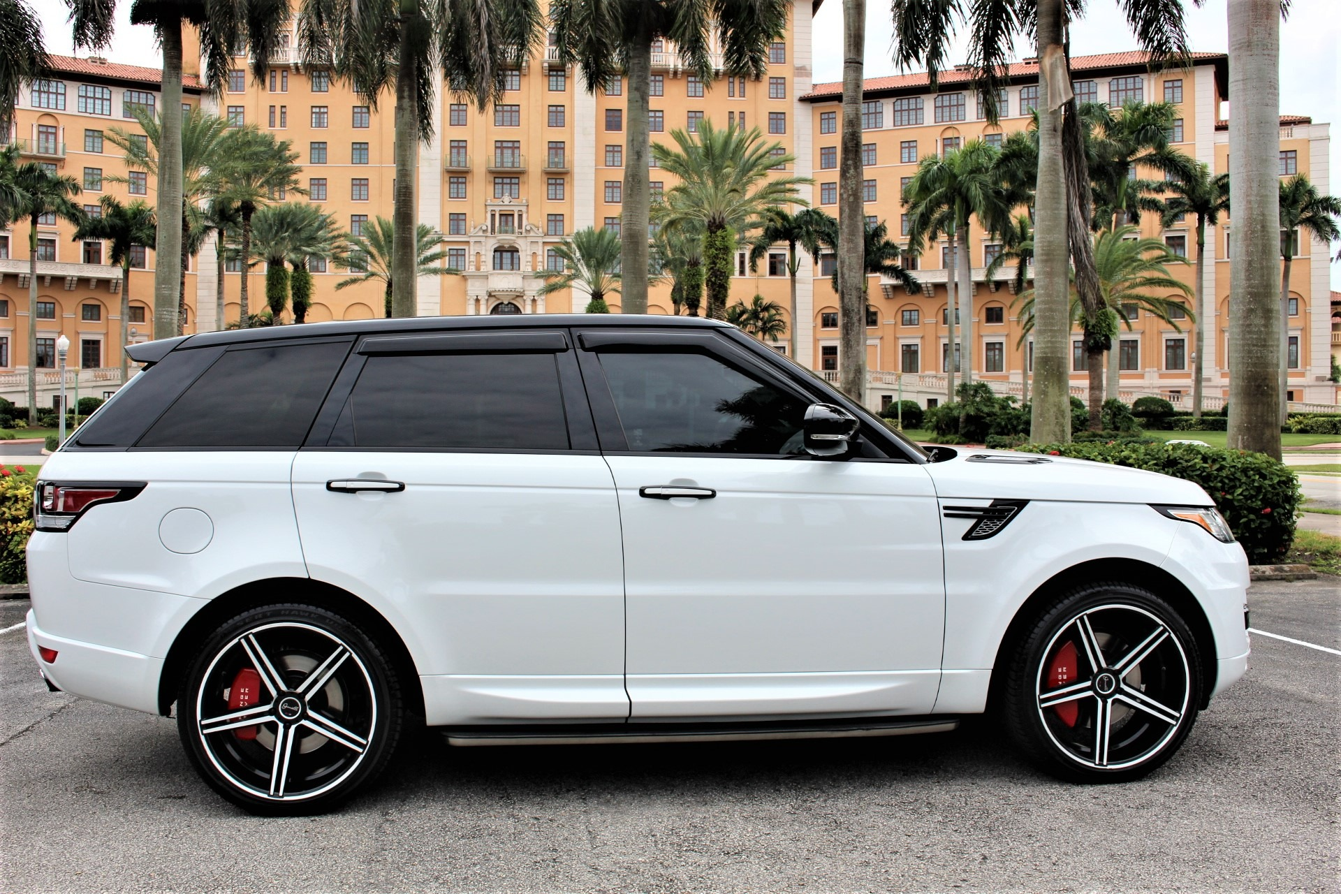 Used 2015 Land Rover Range Rover Sport HSE for sale $58,850 at The Gables Sports Cars in Miami FL 33146 3