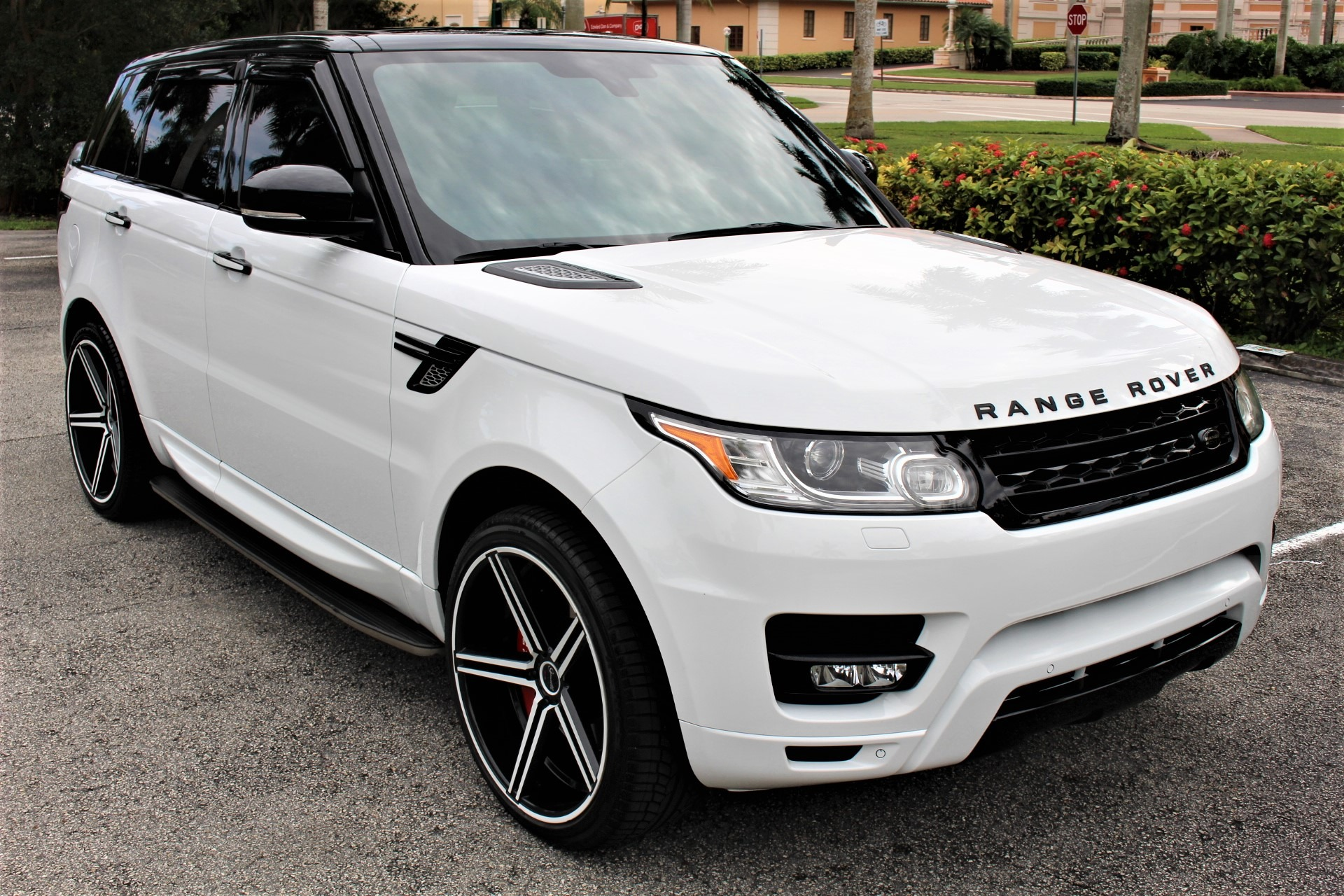 Used 2015 Land Rover Range Rover Sport HSE for sale $58,850 at The Gables Sports Cars in Miami FL 33146 4