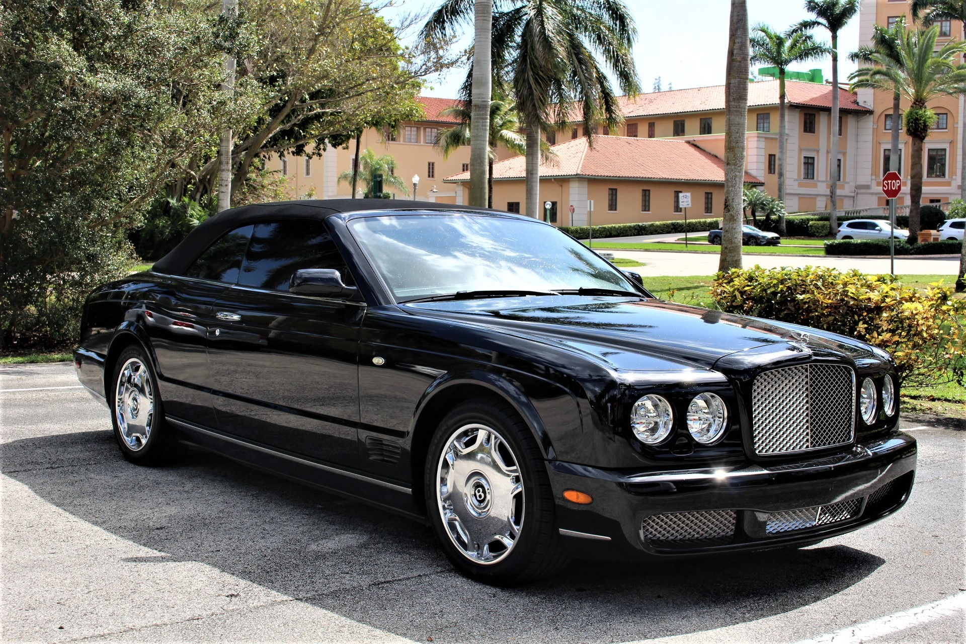 Used 2009 Bentley Azure for sale $89,850 at The Gables Sports Cars in Miami FL 33146 3