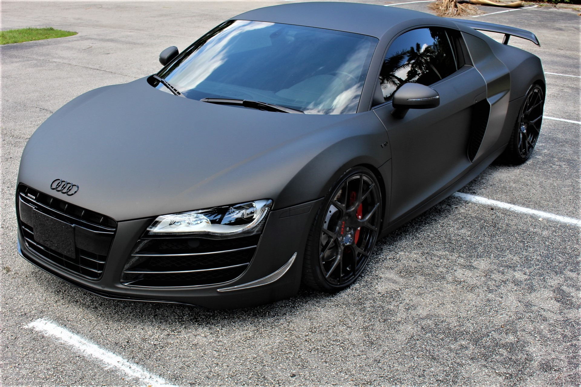 Used 2012 Audi R8 5.2 quattro for sale Sold at The Gables Sports Cars in Miami FL 33146 4
