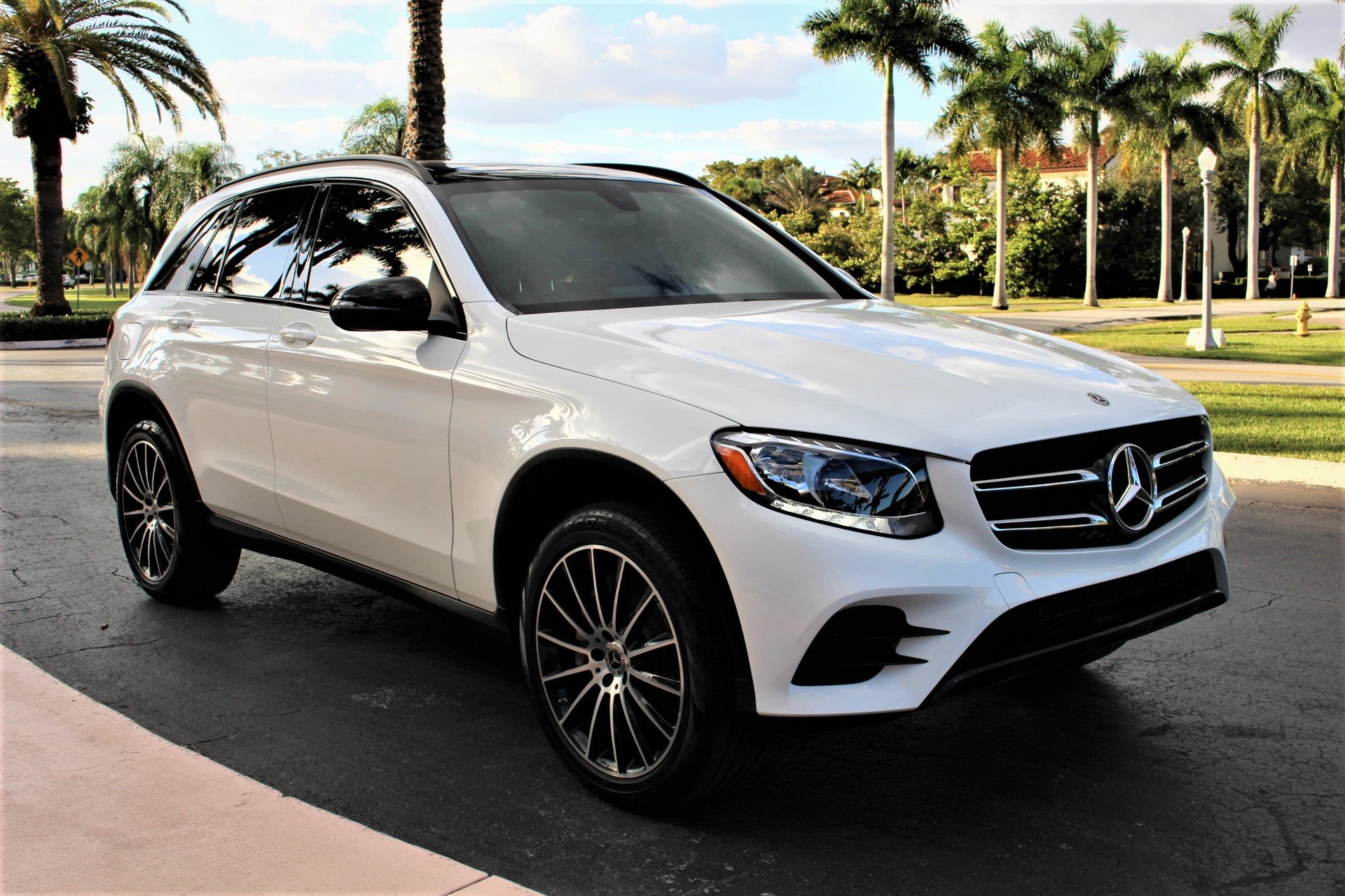 Used 2019 Mercedes-Benz GLC GLC 300 for sale Sold at The Gables Sports Cars in Miami FL 33146 3