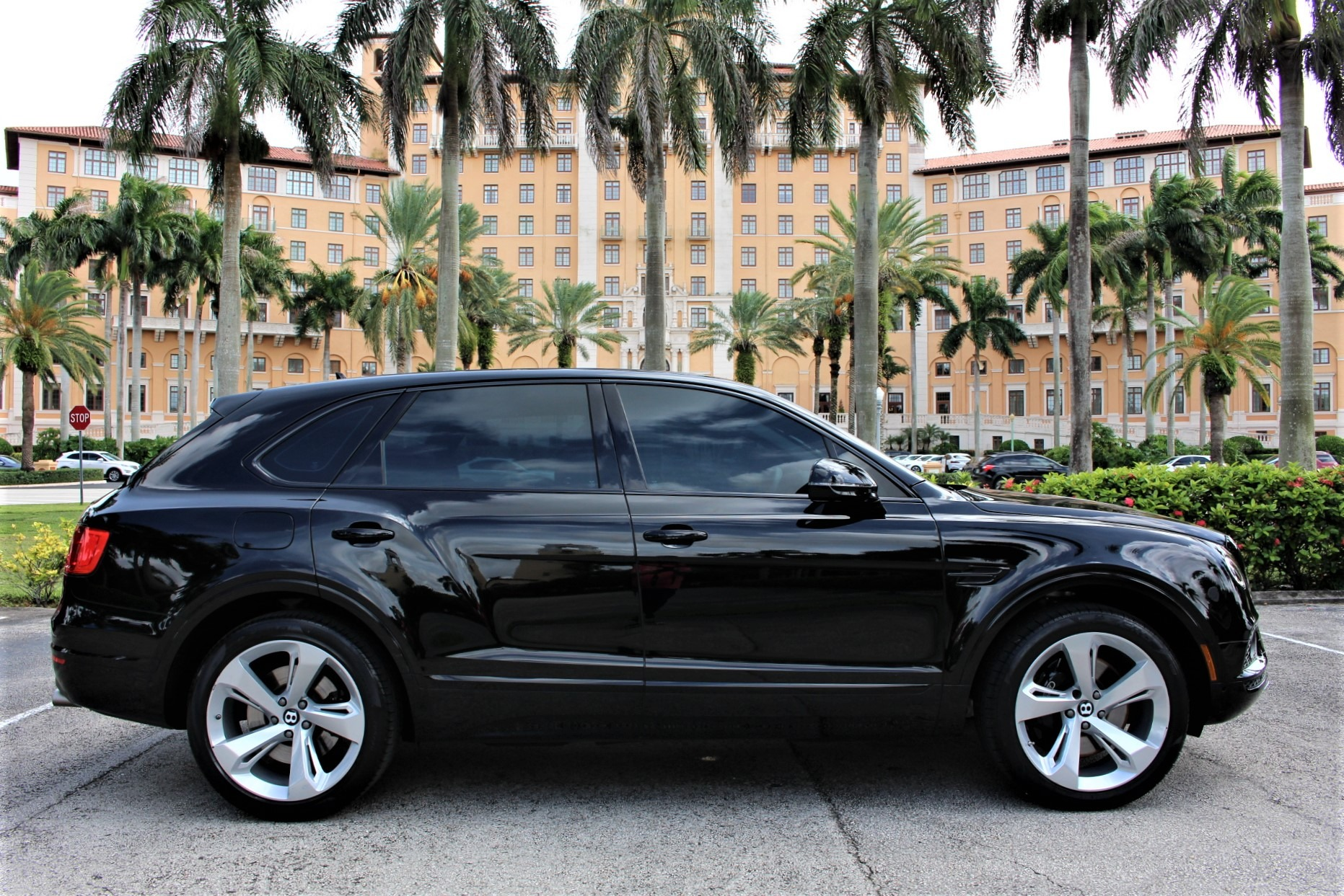 Used 2018 Bentley Bentayga W12 Signature Edition for sale $159,850 at The Gables Sports Cars in Miami FL 33146 2