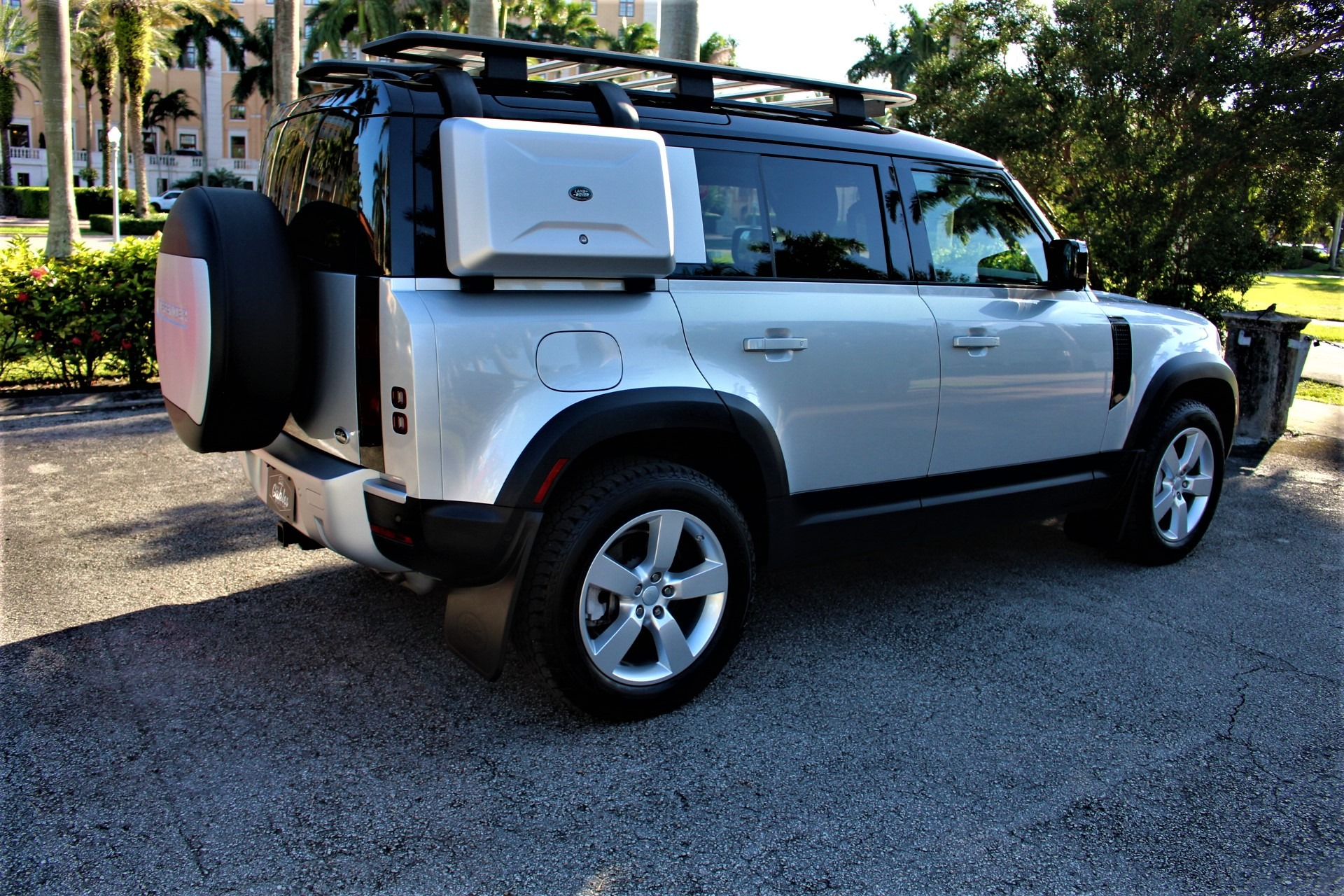 Used 2020 Land Rover Defender 110 HSE FIRST EDITION for sale $93,850 at The Gables Sports Cars in Miami FL 33146 2