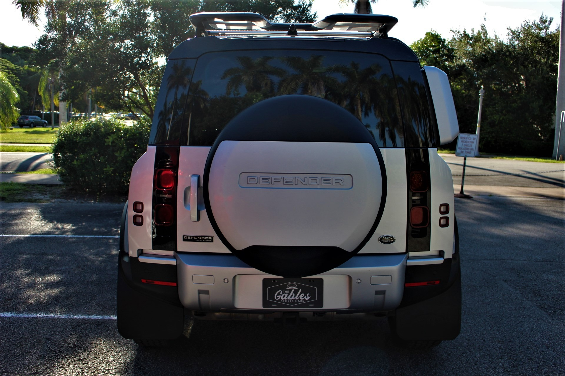 Used 2020 Land Rover Defender 110 HSE FIRST EDITION for sale $93,850 at The Gables Sports Cars in Miami FL 33146 4