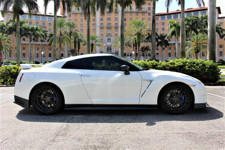 Used 2016 Nissan GT-R Premium for sale $91,850 at The Gables Sports Cars in Miami FL