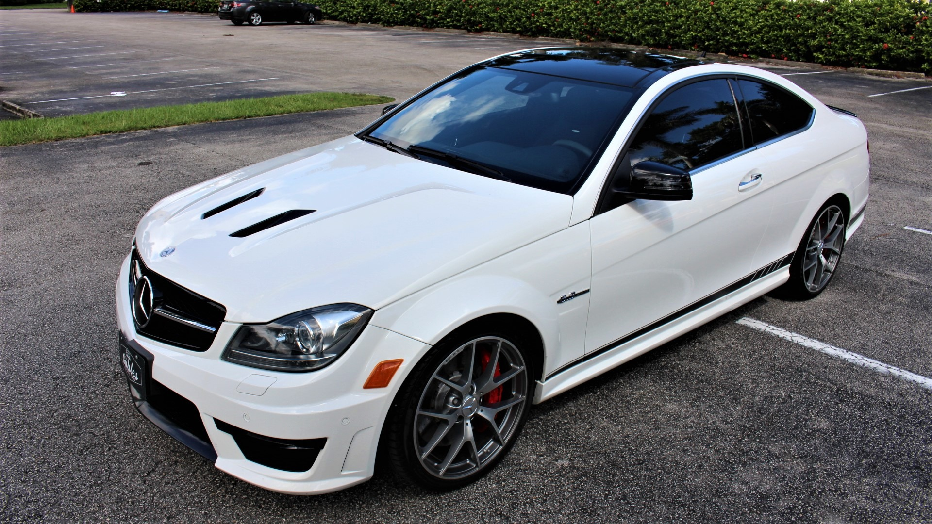 Used 2015 Mercedes-Benz C-Class C 63 AMG 507 Edition for sale $52,850 at The Gables Sports Cars in Miami FL 33146 4