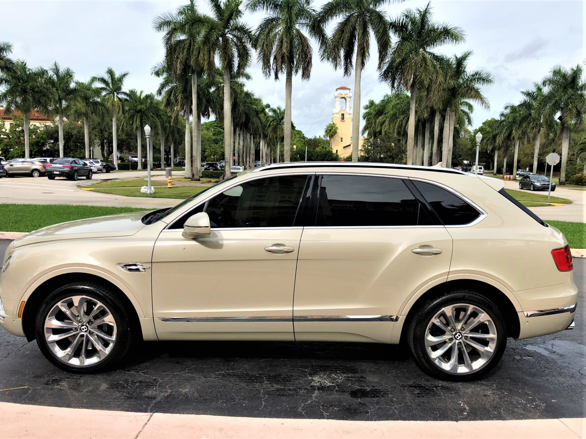 Used 2017 Bentley Bentayga W12 for sale $144,850 at The Gables Sports Cars in Miami FL 33146 2