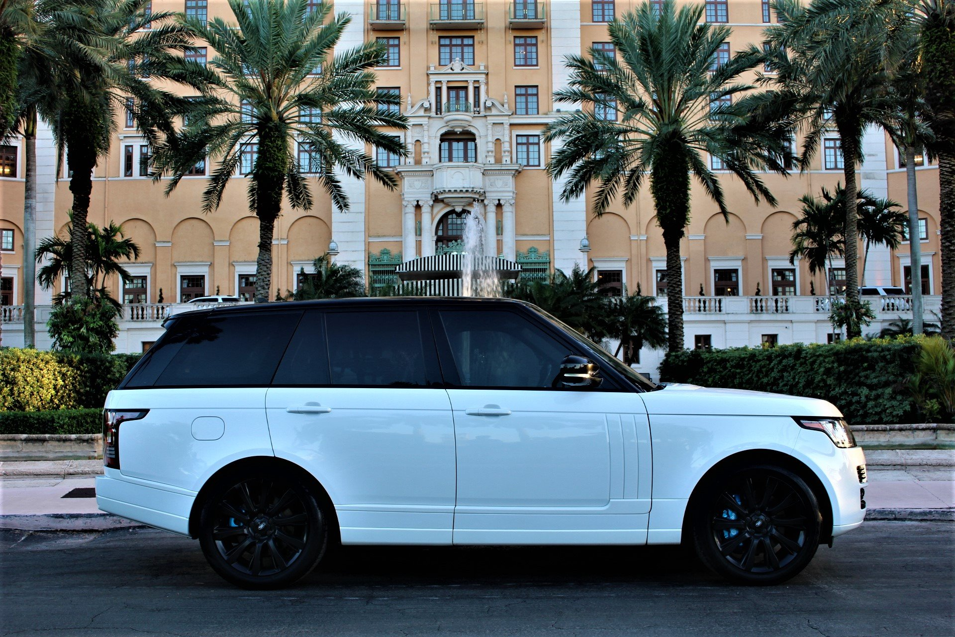 Used 2016 Land Rover Range Rover Supercharged for sale $53,850 at The Gables Sports Cars in Miami FL 33146 3